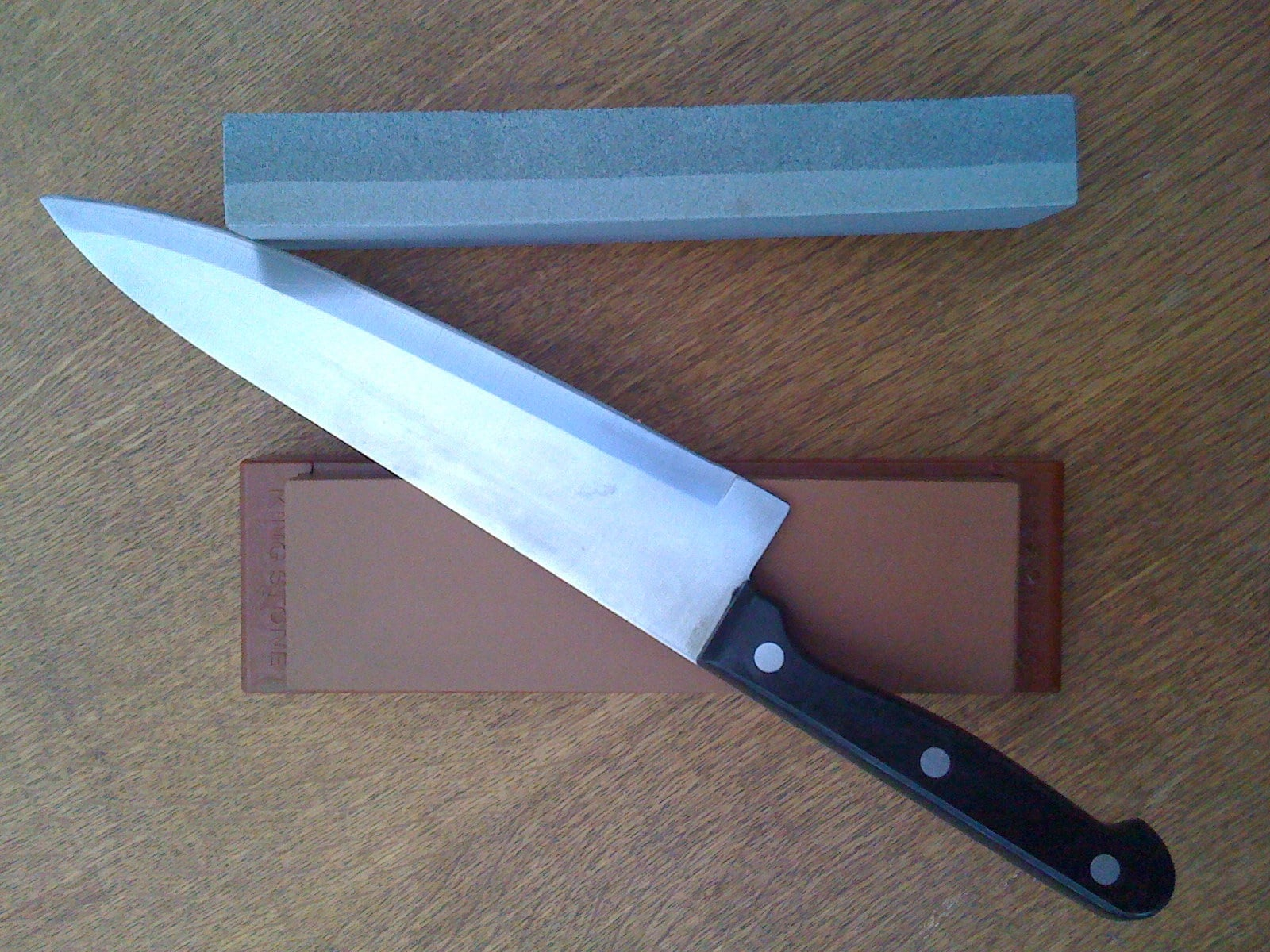 dull blade, how to sharpen a dull blade