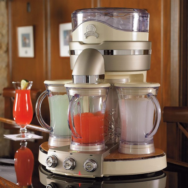 cocktail maker, kitchen blender