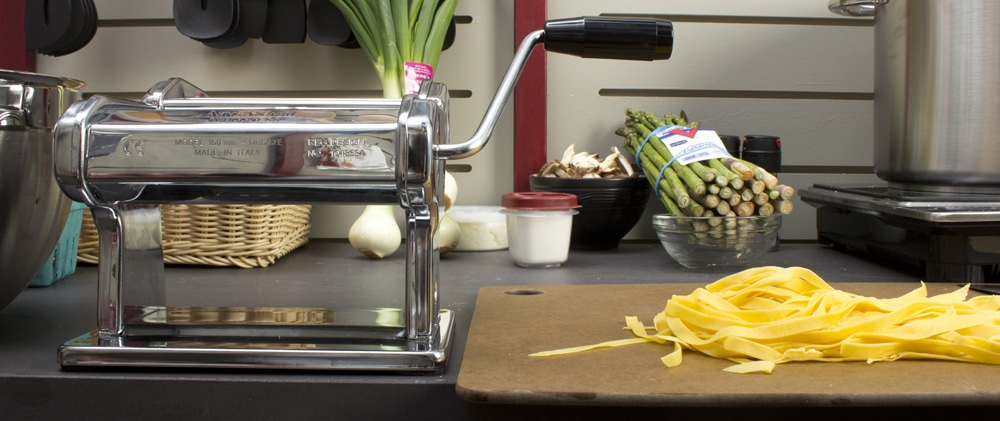 spaghetti machine, macaroni machine