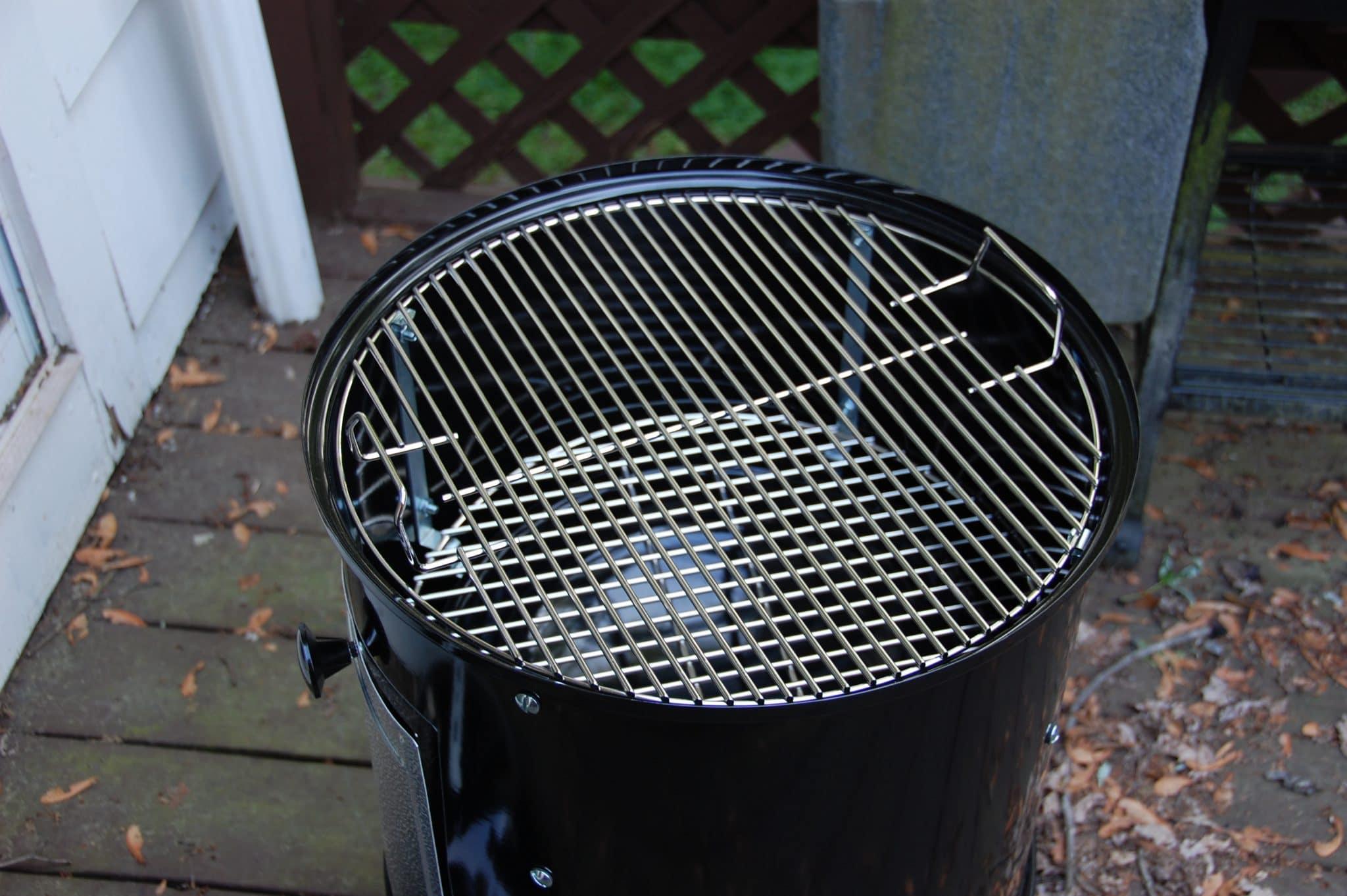 grill model, backyard bbq