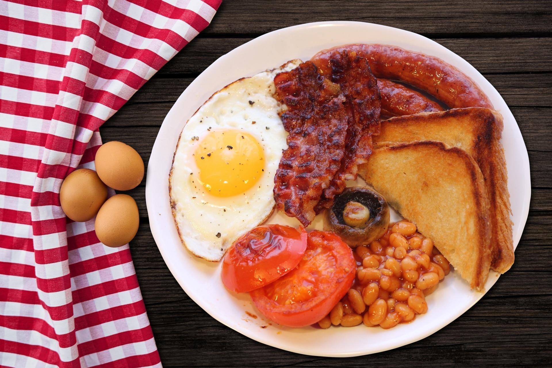 delicious breakfast, nutritious breakfast