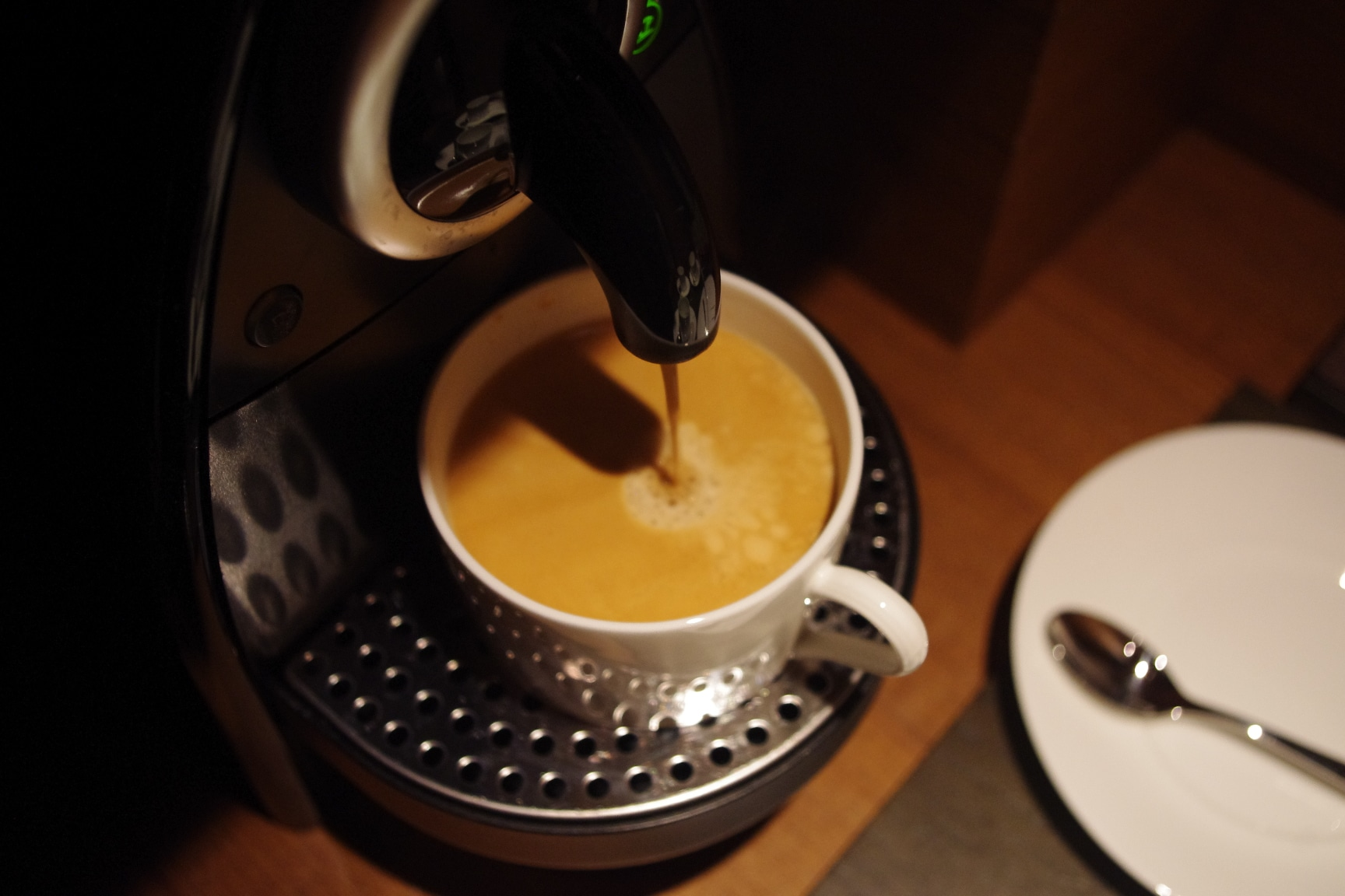 how to use nespresso pixie, nespresso pixie instructions