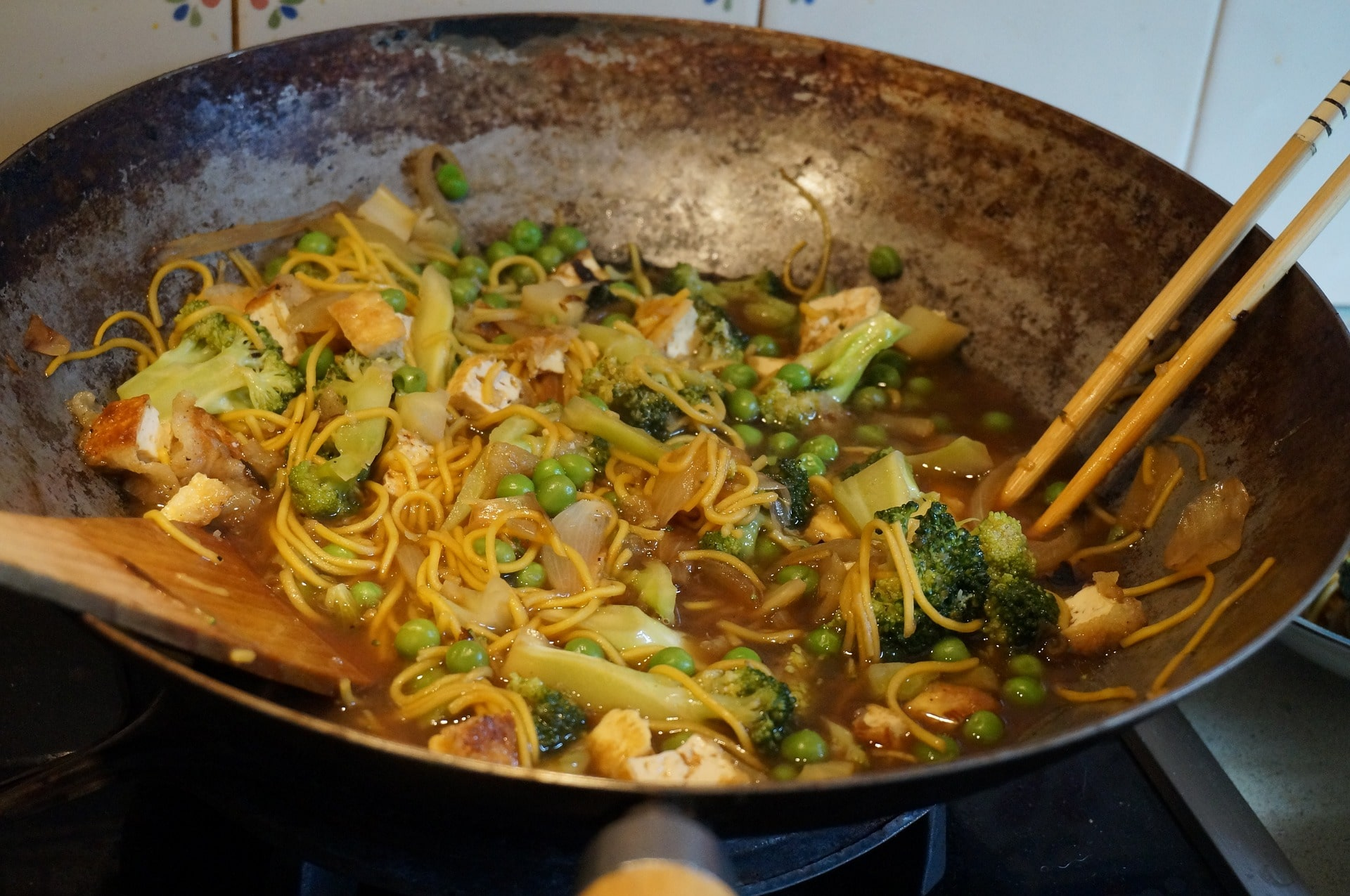 cast iron pan cooking, cast iron pan benefits