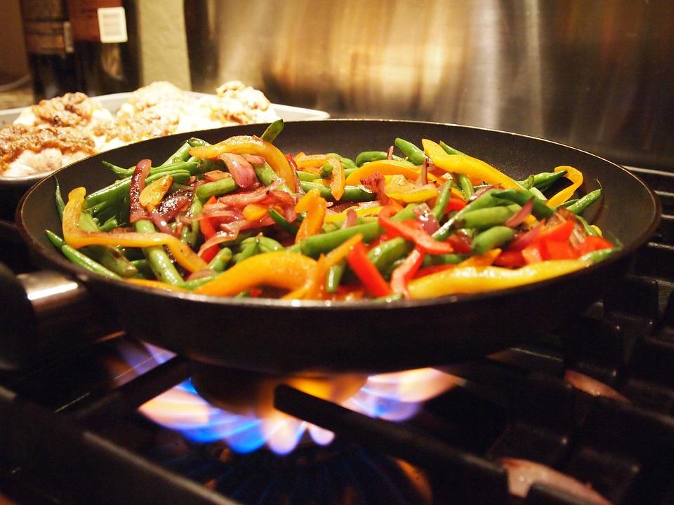 asian stir fry vegetables, stir fry pan