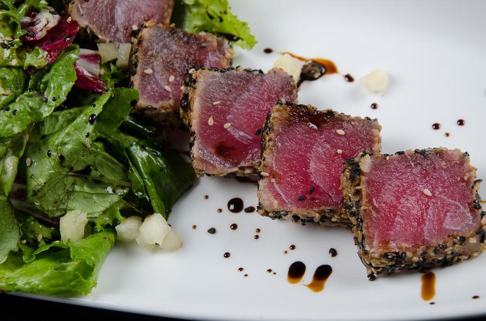 fish sushi, healthy sushi