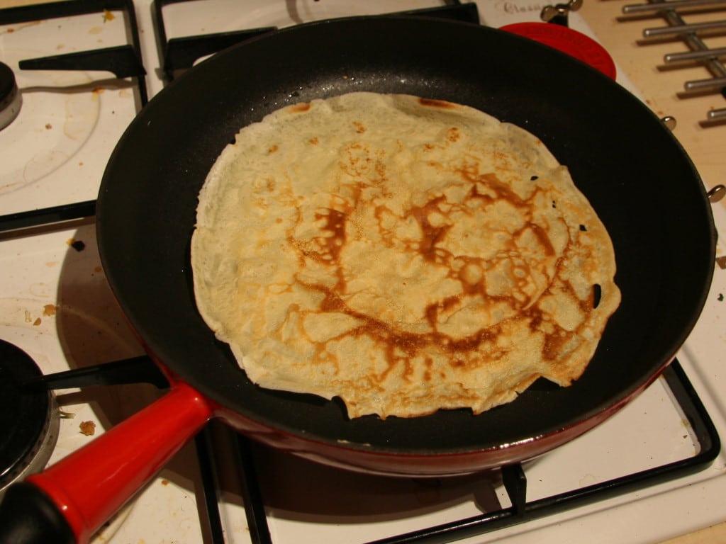 frying pancakes, making pancakes