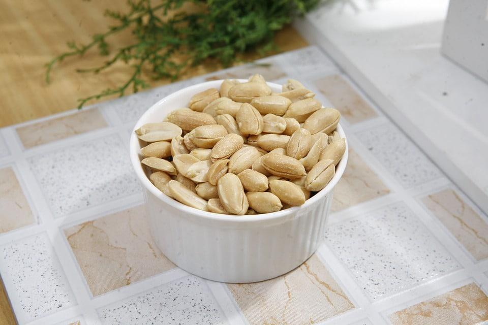 roasted peanuts, peanuts dish