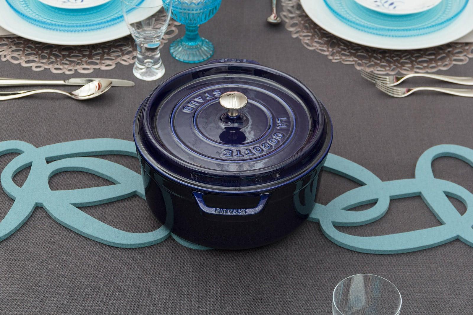 what is a cocotte pot, blue cooking pot