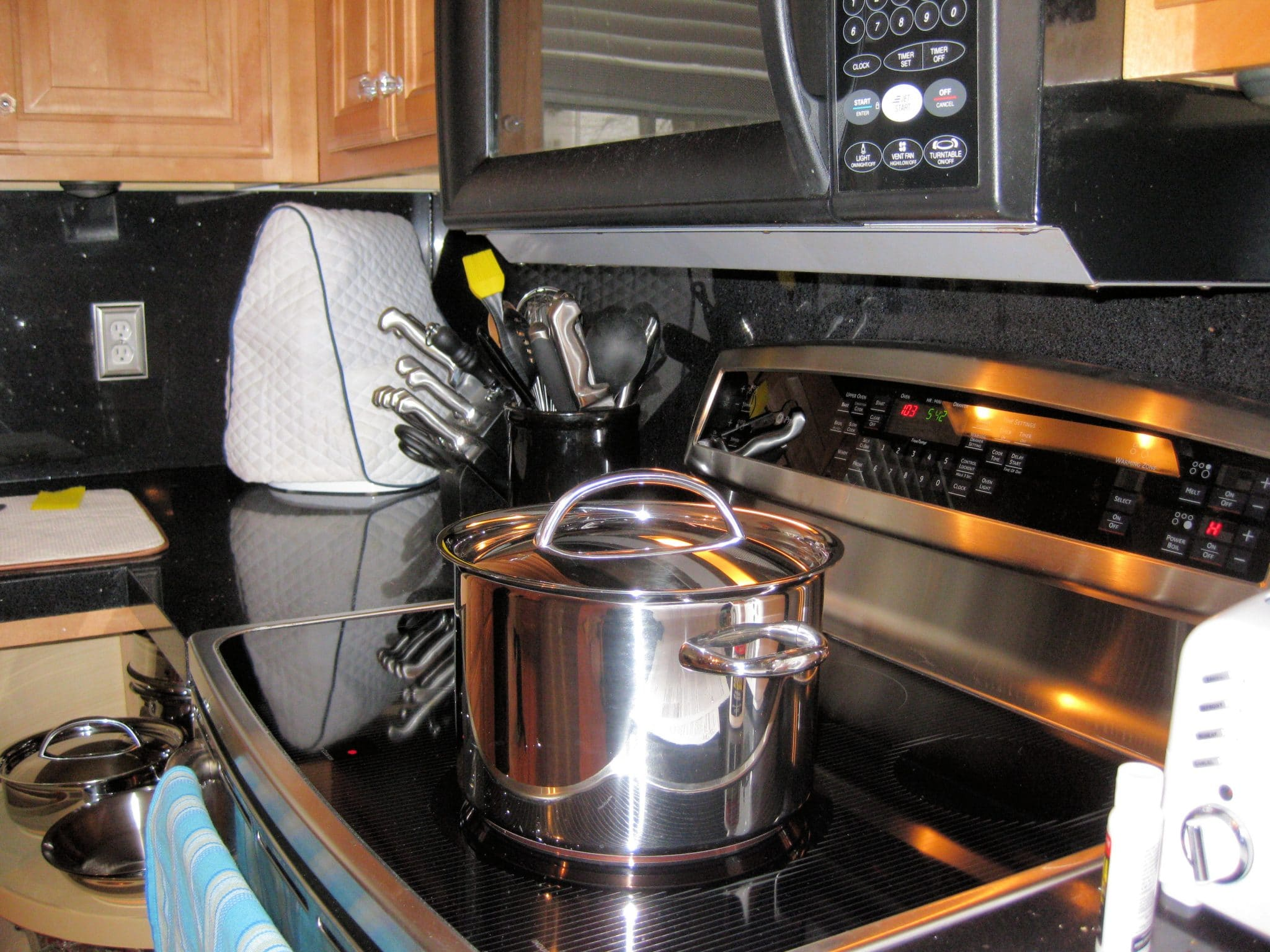 induction range pots and pans, glass cooktop pots and pans
