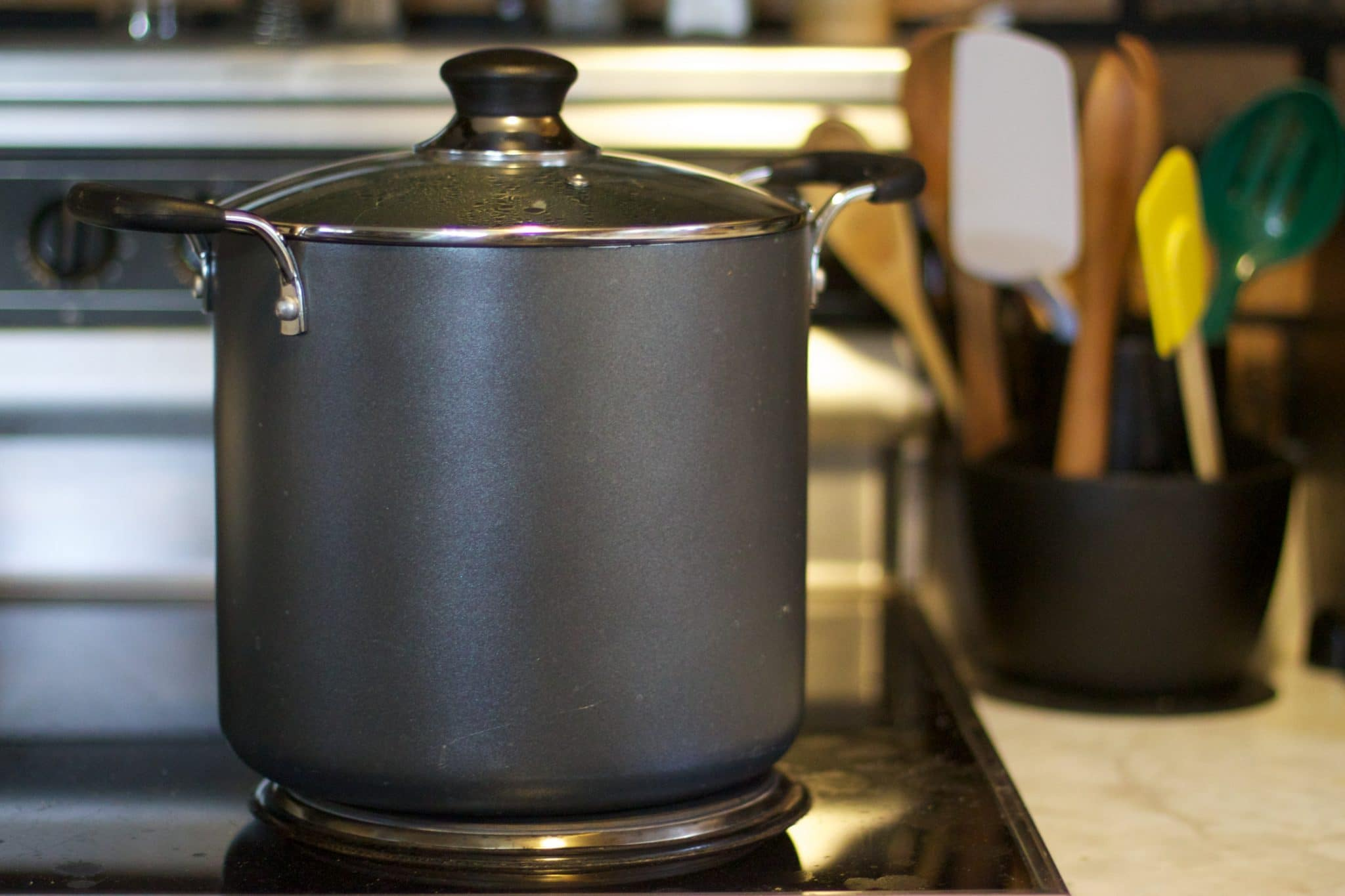 hard-anodized aluminum pot, anodized aluminum pot