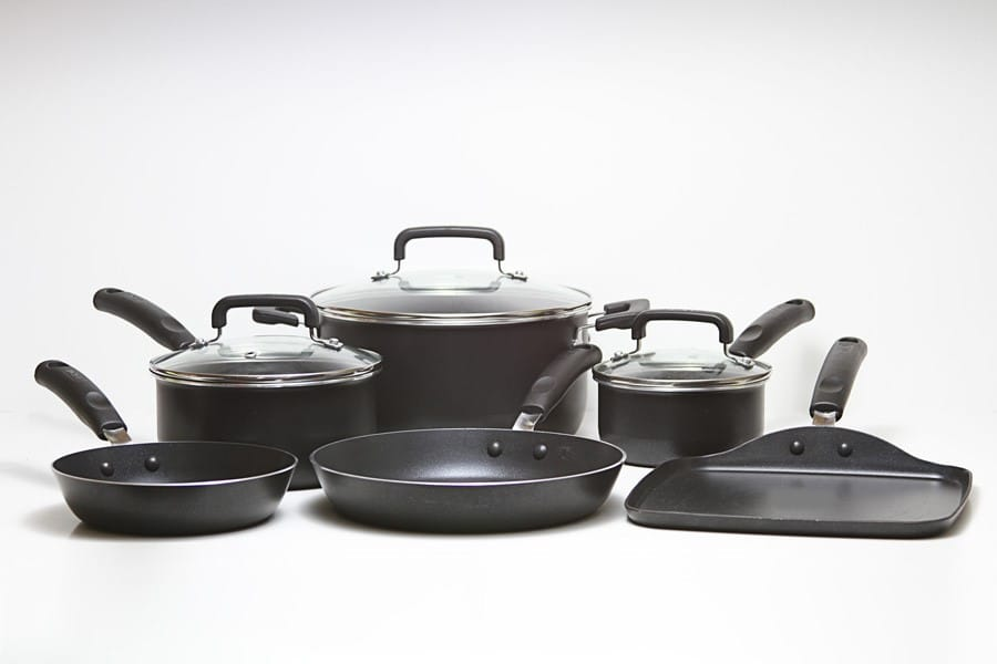 kirkland signature hard-anodized aluminum cookware set, hard-anodized aluminum cookware