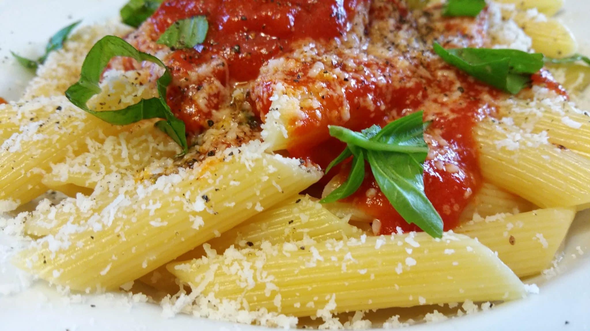 macaroni noodles, macaroni pasta