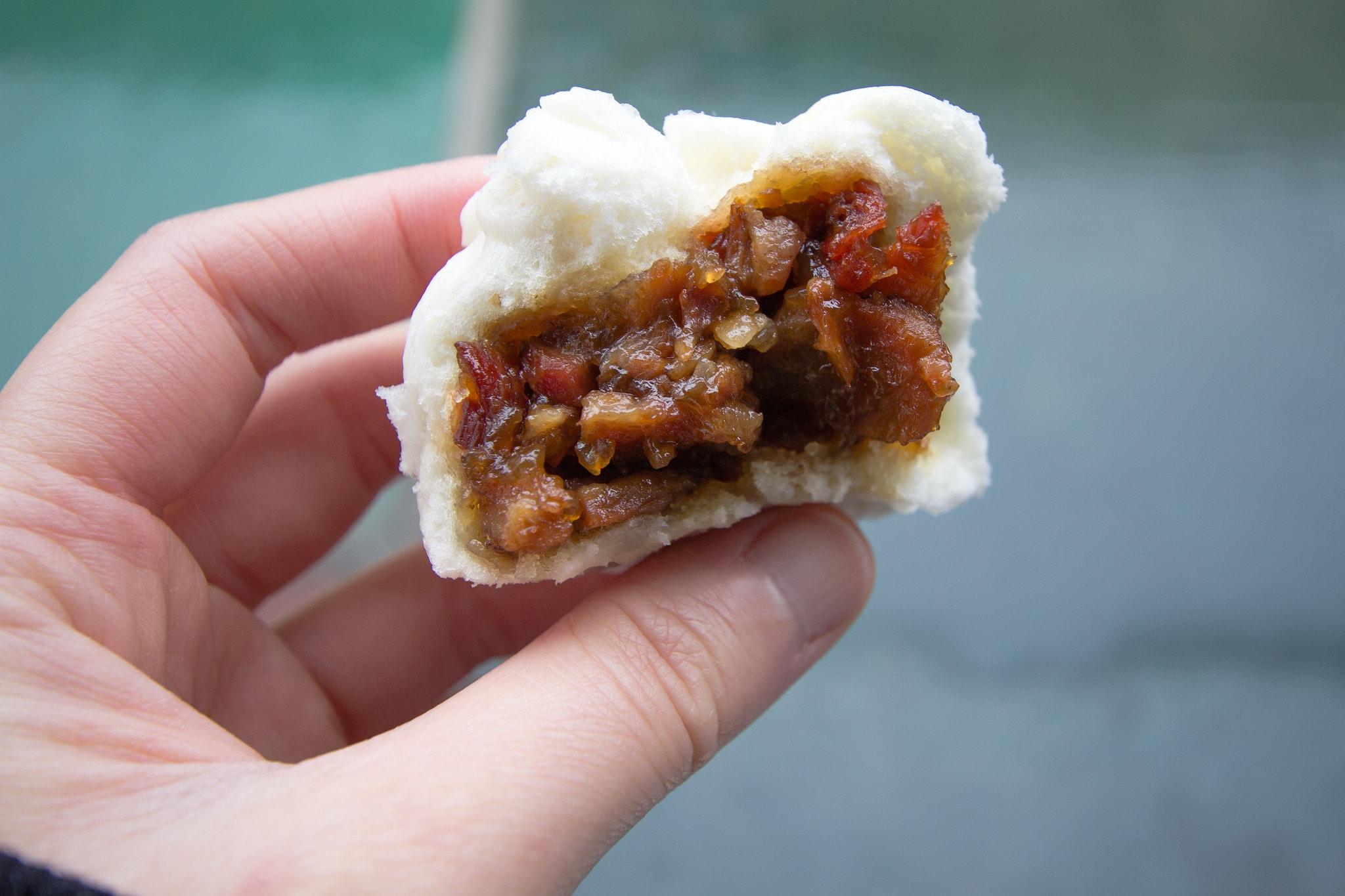 how to make steamed bbq pork buns, chinese steamed pork buns