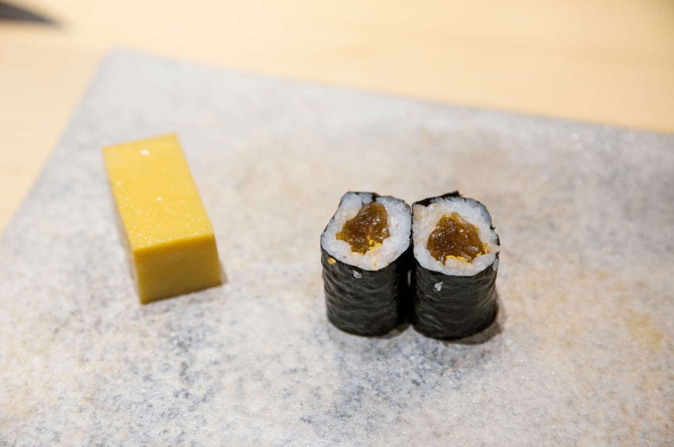 what is futomaki sushi, futomaki roll sushi ingredients