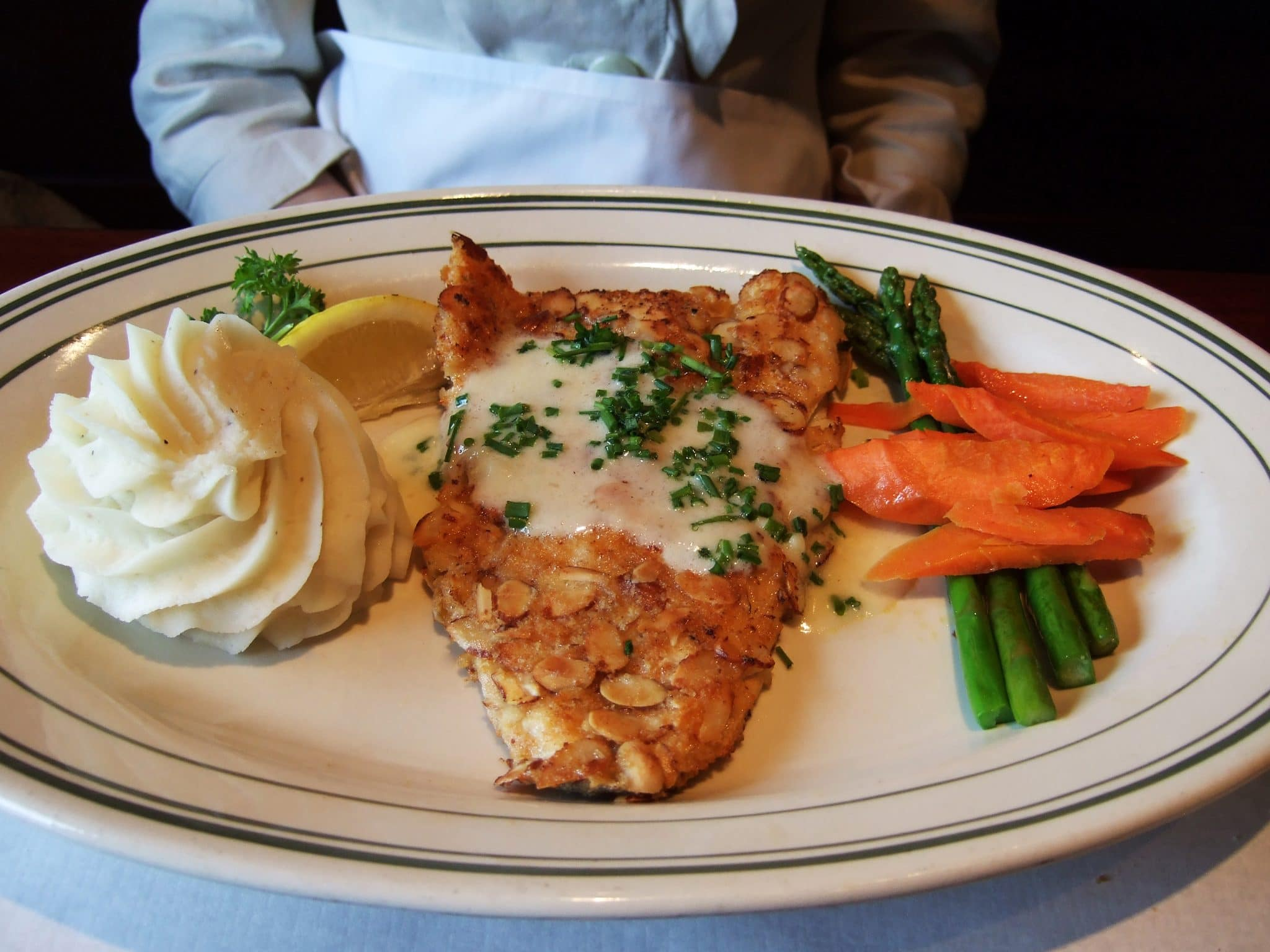 what does trout taste like, recipes with trout