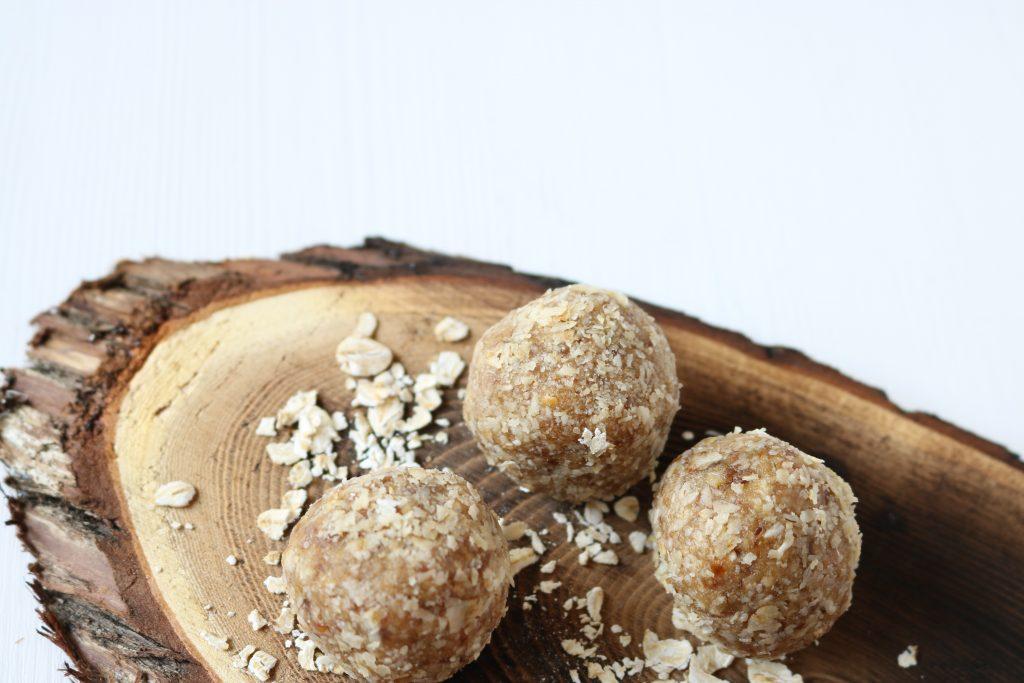 peanut butter energy balls, energy balls protein