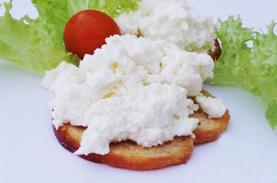 Awesome What Does Cottage Cheese Taste Like On The Gas The Art Beutiful Home Inspiration Semekurdistantinfo