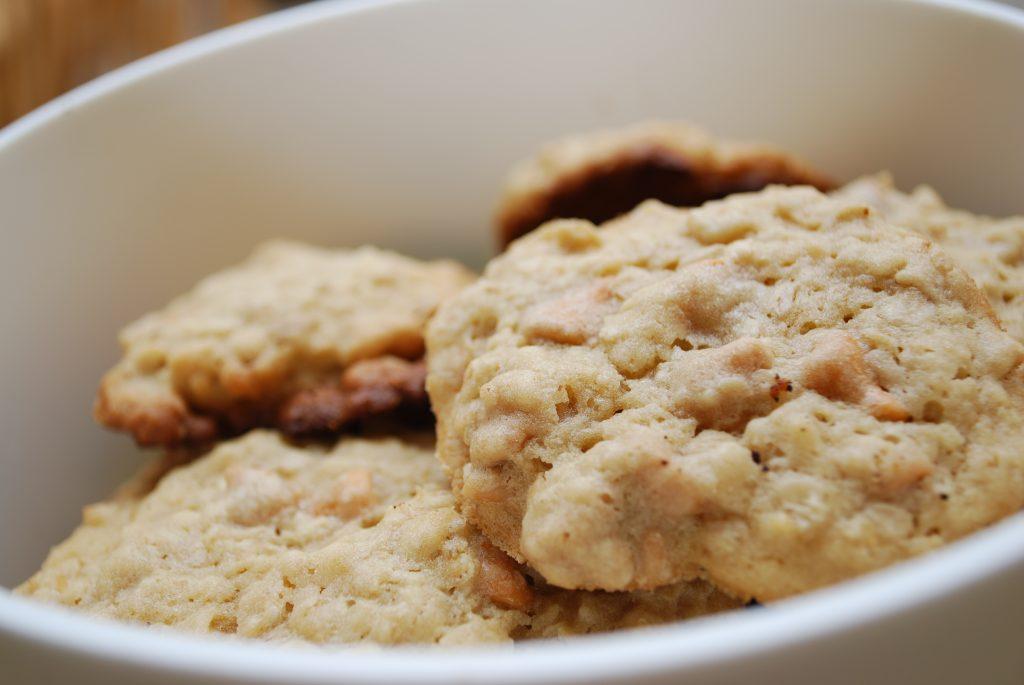 coconut biscuits, coconut cracker