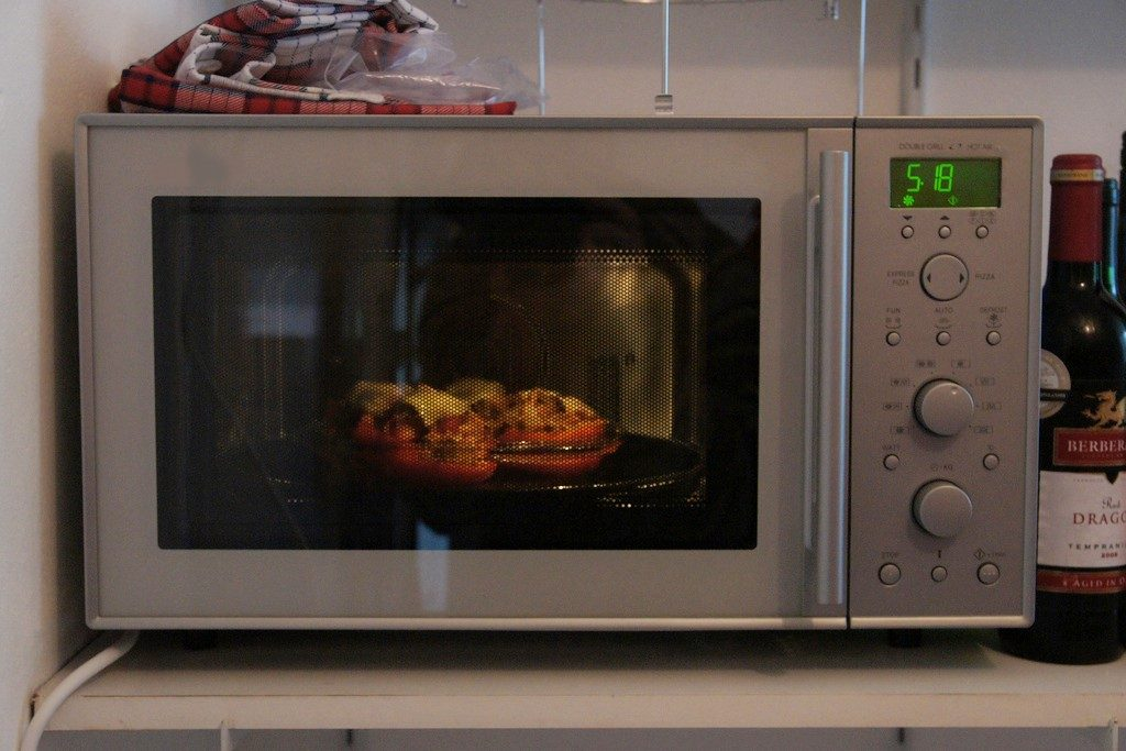Cuisinart Cmw 200 Review A Convection Microwave To Help