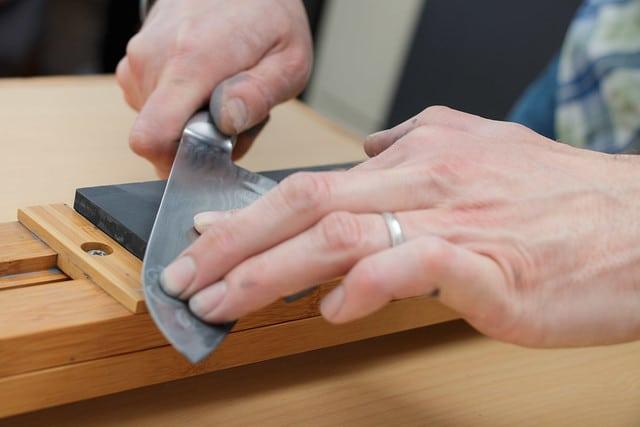 sharpening cutlery, whetstone