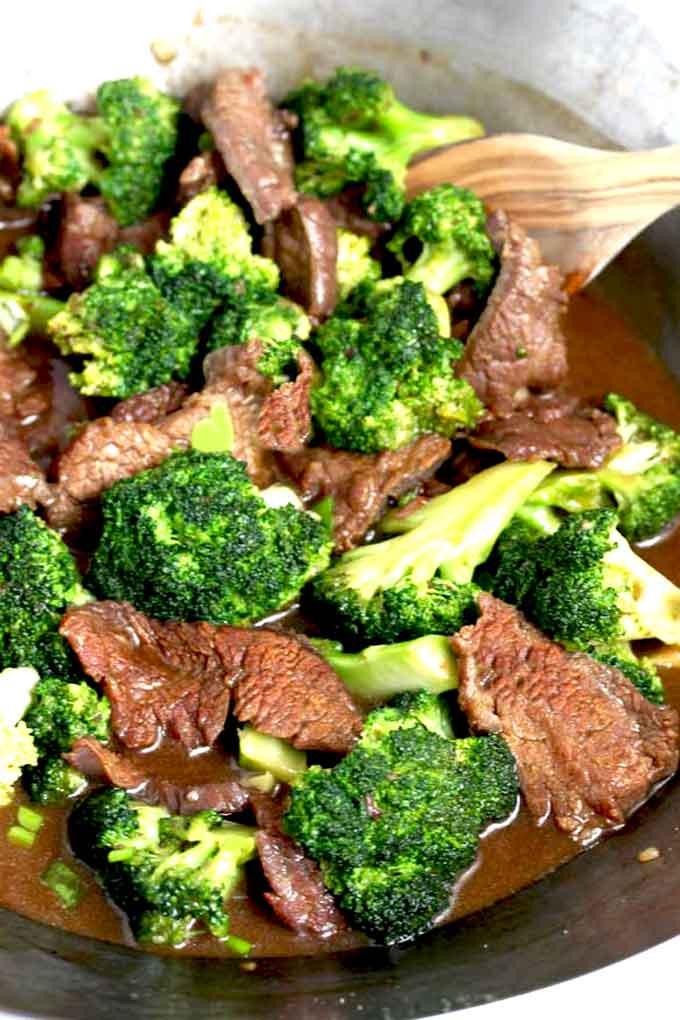 Thin Cut Chuck Steak And Broccoli